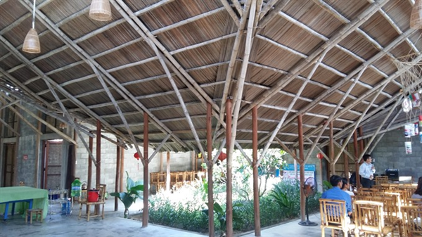 Bamboo houses keep old skills alive